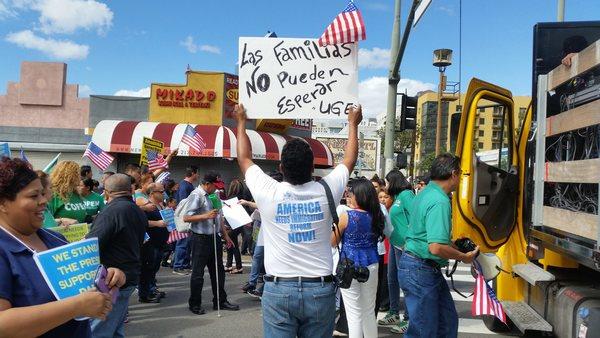 EEUU detiene a inmigrantes que solicitan asilo