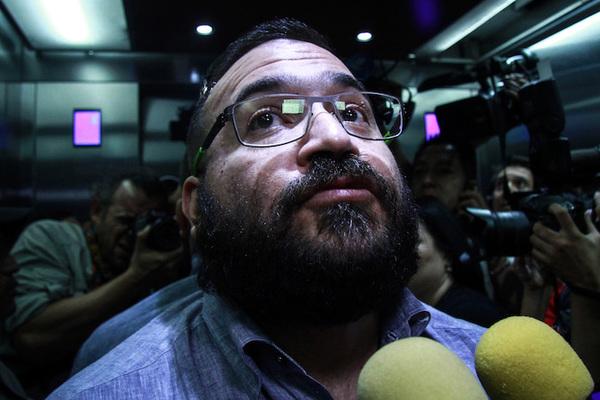 Juez suspende órdenes de aprehensión contra Duarte