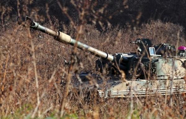 Corea del Sur pone fábricas de armas a pleno rendimiento