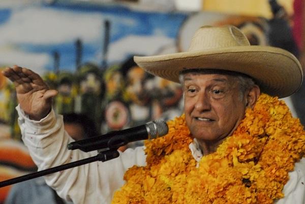 AMLO sugiere dar amnistía a narcos para garantizar la paz