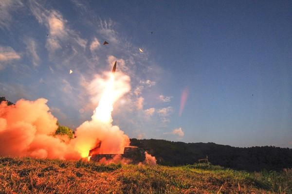 Seúl cree que Pyongyang está listo para lanzar otro misil