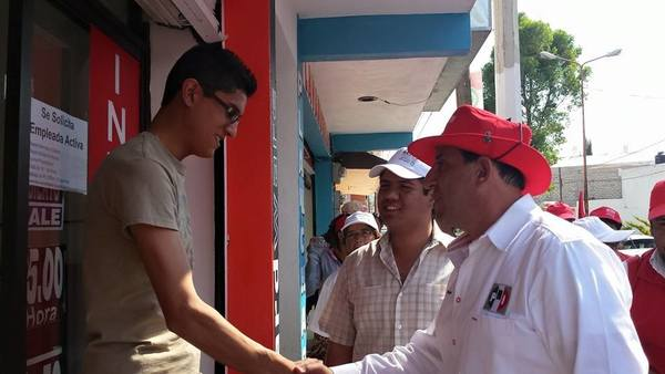 Visita Bejos tianguis de Los Tuzos