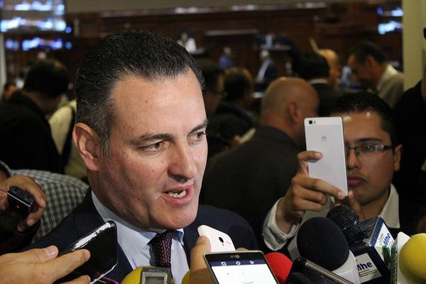 Suma Fiscalía 24 denuncias contra ex funcionarios de gobierno