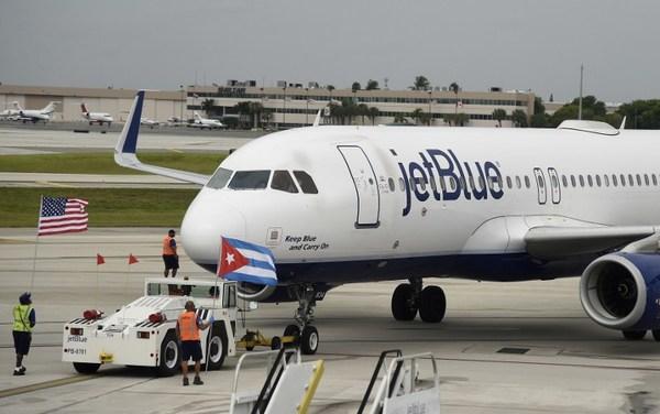 Llega a Cuba primer vuelo comercial de EE.UU desde 1961