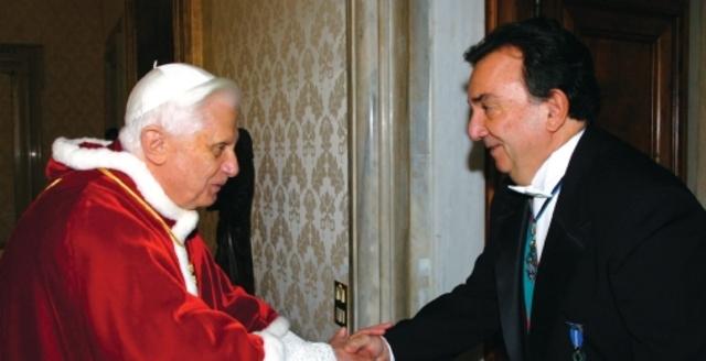 Política al estilo Ratzinger