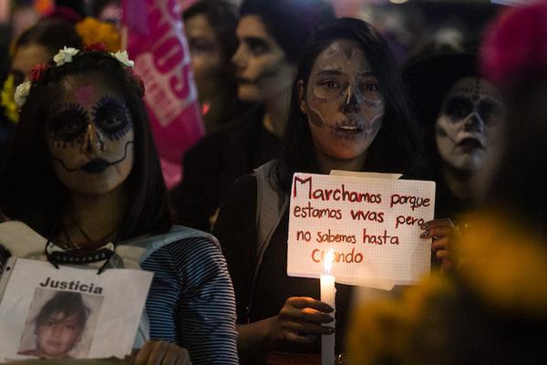 México registró casi 8 homicidios de mujeres cada día en 2016