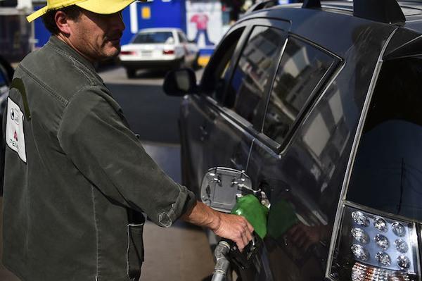 Gasolinazo genera descontento y prende alertas en México