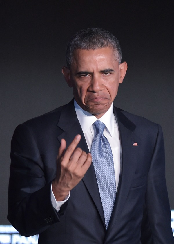 """Ironiza Obama sobre países con discurso de """"guerra fría"""""""