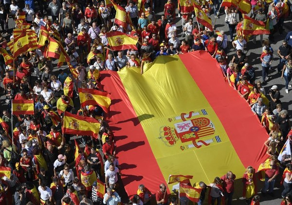"""Madrid puede """"tomar el control"""" de Cataluña"""