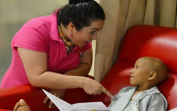 Es la maestra Marcela Rodríguez, una cuenta cuentos de corazón
