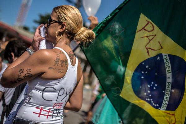 Protestas en Brasil tras asesinato de niño a balazos