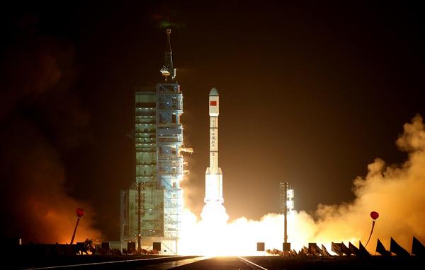 Satélite Centenario se desintegra horas después de su lanzamiento en Rusia