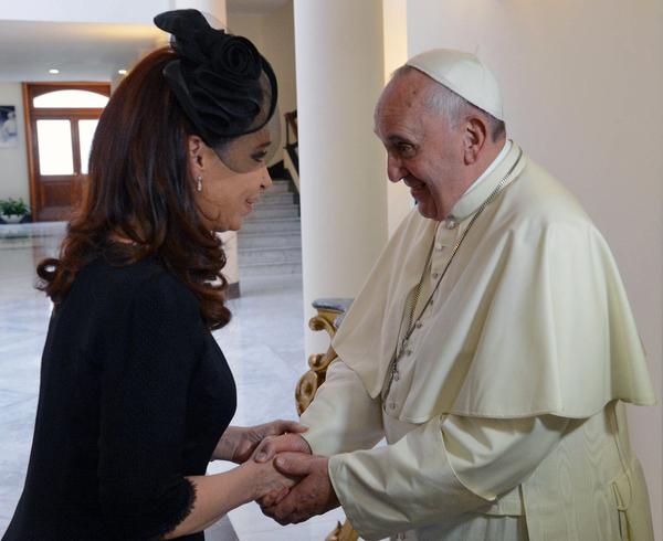"""Papa Francisco, """"al purgatorio"""" por recibir a Cristina Kirchner"""