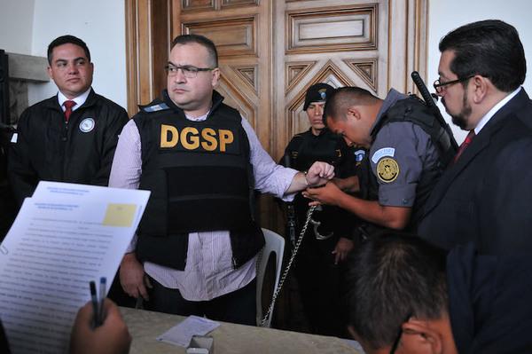 PGR presenta 82 datos de pruebas contra Duarte