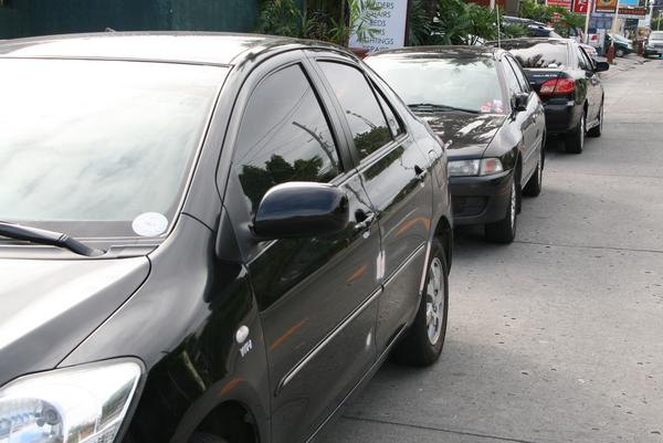 Por Tuzobús ya no podrán estacionarse 290 autos