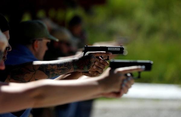 No es conveniente que todos los estadounidenses porten armas