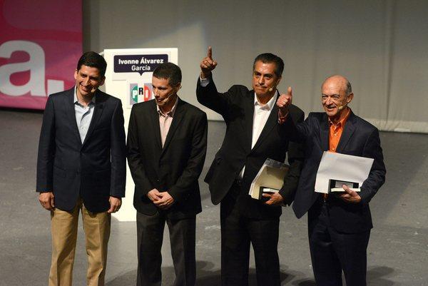 """Fernando Elizondo declina a favor de El """"Bronco"""" en Nuevo León"""