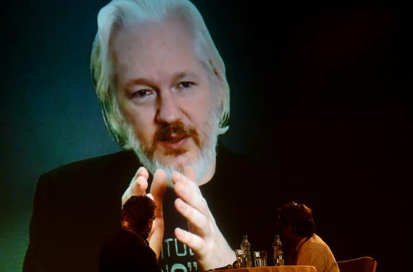 Suecia analiza que fiscalía de Ecuador pueda interrogar a Assange