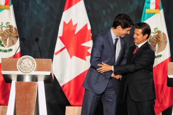 Confiamos en establecer TLCAN benéfico para todos: Trudeau