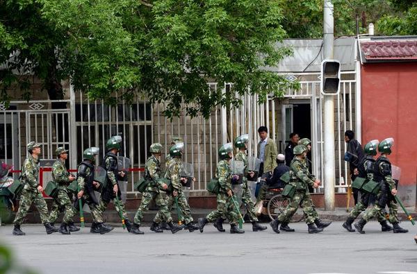 """Combatientes del EI juran """"derramar sangre"""" en China"""