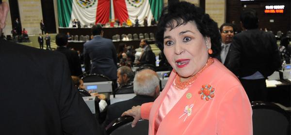 """""""El que tenga coche, que lo mantenga"""": Carmen Salinas"""