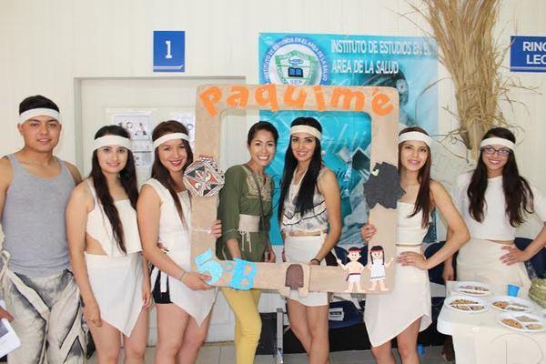Se reúnen 7 culturas de Chihuahua en la escuela Florencia Nightingale