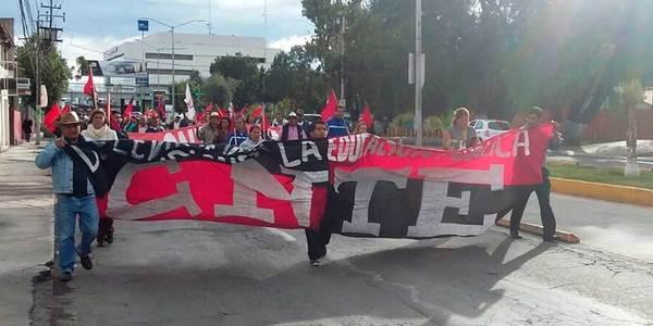 Marcha de la CNTE causa caos vial en Pachuca