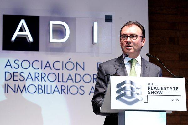 Ahora toca al gobierno apretarse el cinturón: Luis Videgaray