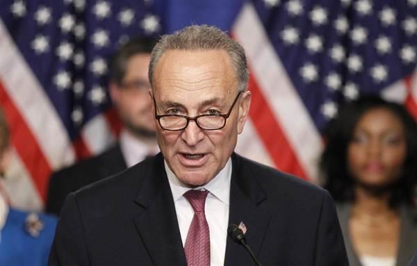 Demócratas amenazan con cierre de gobierno ante muro fronterizo