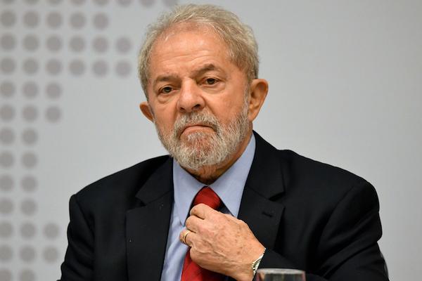 """Lula denuncia """"caza de brujas"""" en nueva comparecencia ante juez"""