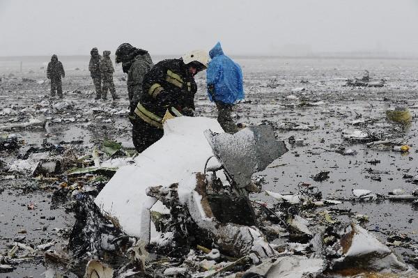 Se estrella avión militar ruso con 92 personas a bordo