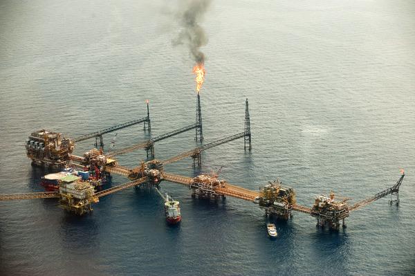 El 2016 y las coberturas petroleras: la realidad se impone