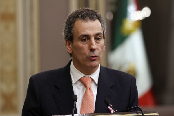 Aprueban leyes de ingresos de municipios