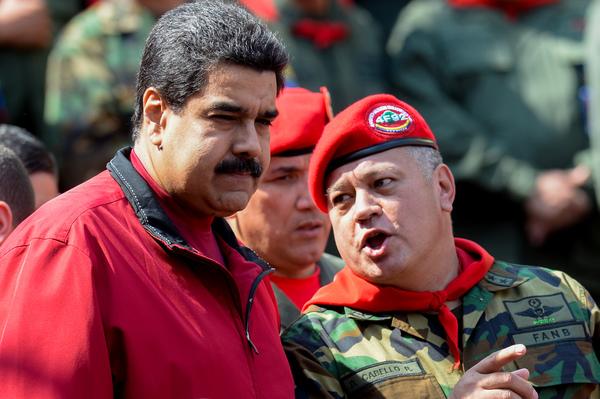 72% de venezolanos quiere salida anticipada de Maduro: Encuesta