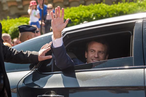 Macron obtiene mayoría en elecciones legislativas