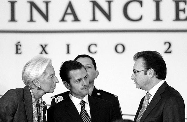 Economía 2014:  un año de  claroscuros  en los bolsillos