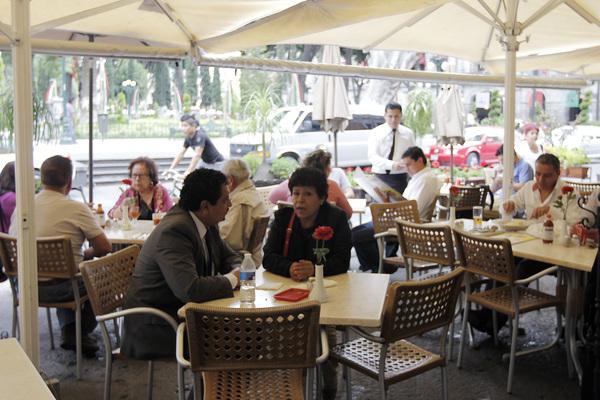 Denuncia Canirac repunte de robos al interior de restaurantes