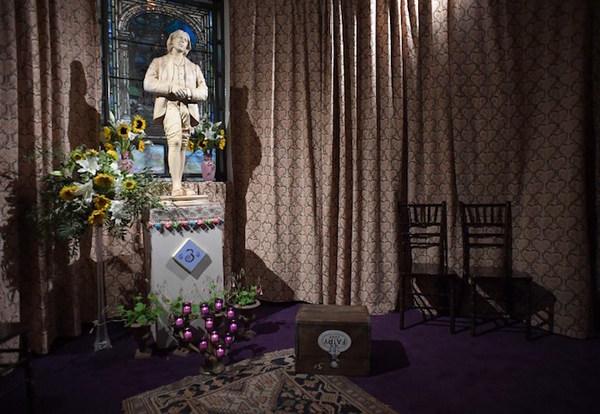 NY abre un templo dedicado al ícono de la liberación gay Oscar Wilde