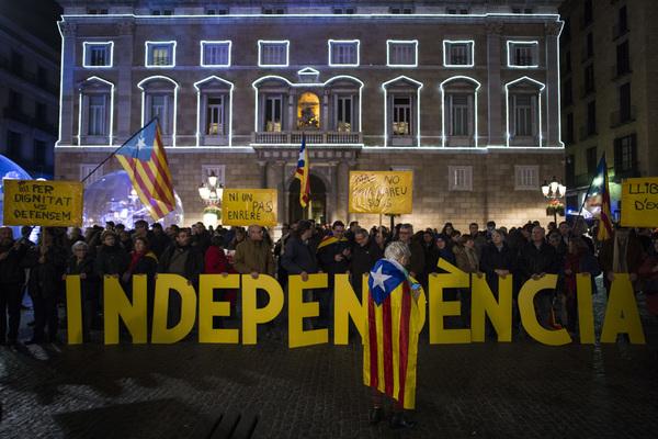 España tomará medidas para intervenir en el gobierno de Cataluña