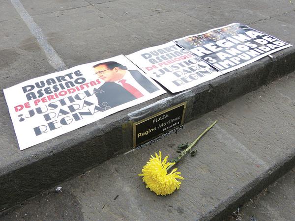 """""""¡Asesino de periodistas!"""""""