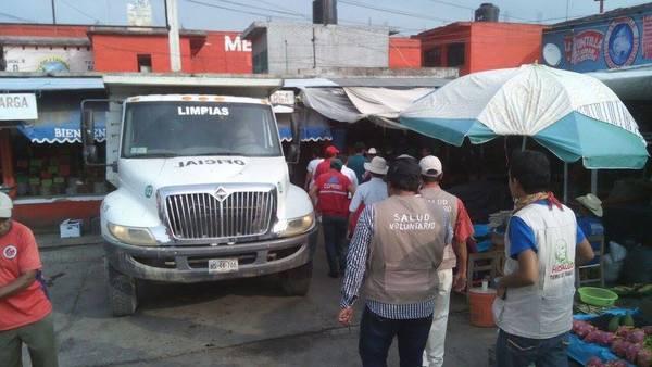 Realizan limpieza en mercado de Huejutla