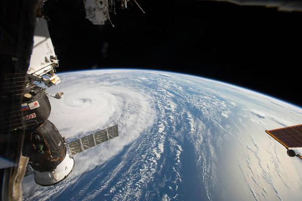 La NASA busca a un oficial de protección planetaria