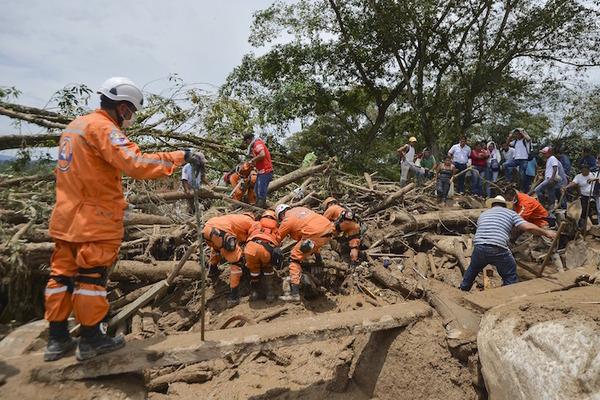 Colombia declara emergencia económica por avalancha en Mocoa