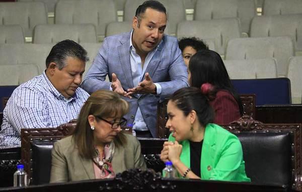 Instan a municipios de Hidalgo a no incrementar impuestos en 2018