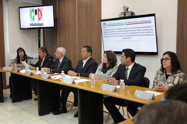 Sin acuerdo ni declinación con los seis aspirantes:Meléndez