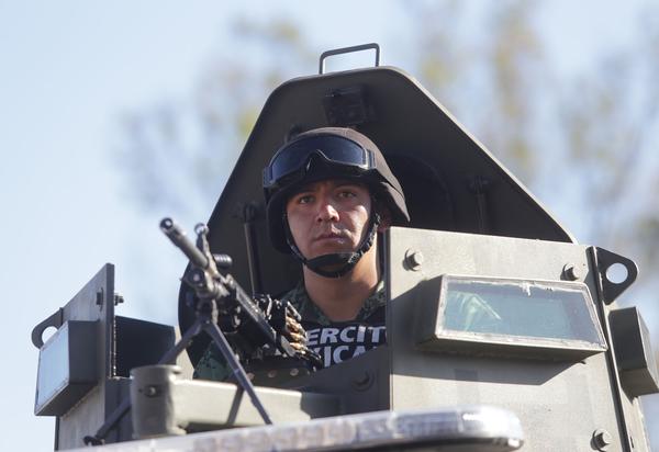 Presencia militar incrementa homicidios en México: Estudio