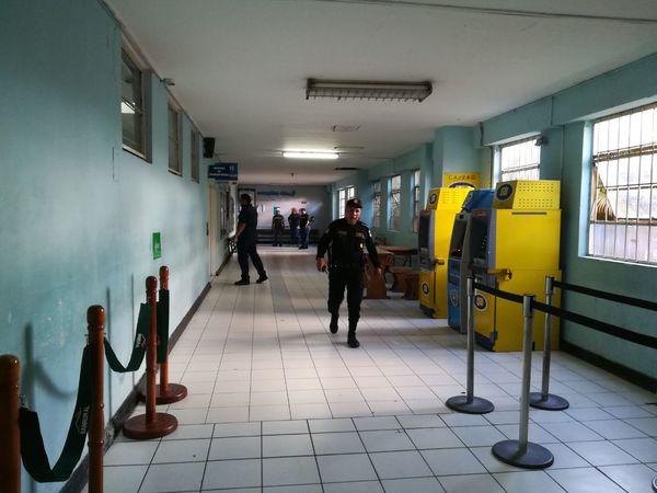 Pandilleros irrumpen en hospital de Guatemala y matan a seis