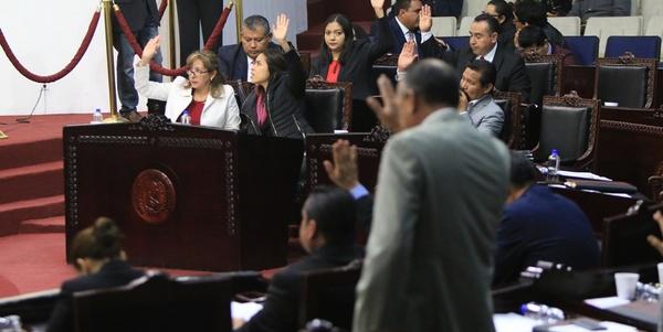 """Plagios y rezago, """"trabajo"""" de la LXIII Legislatura local"""