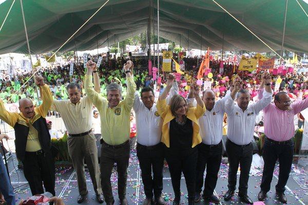 PRD aventaja en 8 delegaciones; Morena ganaría Cuauhtémoc
