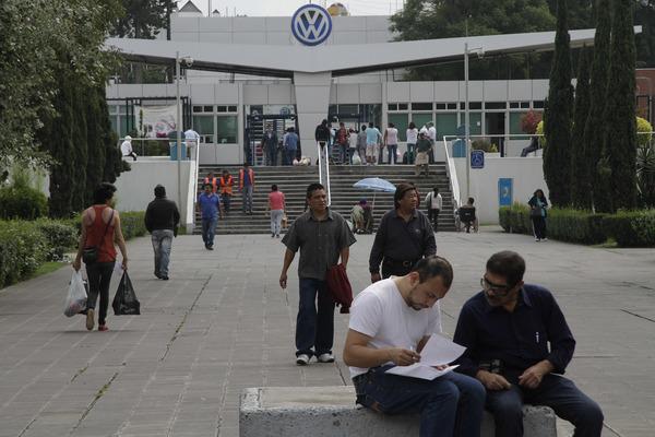 Obreros de VW se quedan sin reparto adicional de utilidades